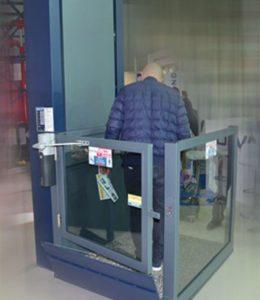 Devas engelli asansörü www.expogi.com  (1).